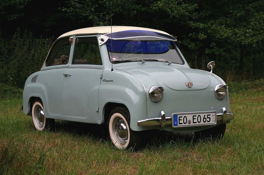 1958 Goggomobil T250 with wind-up windows