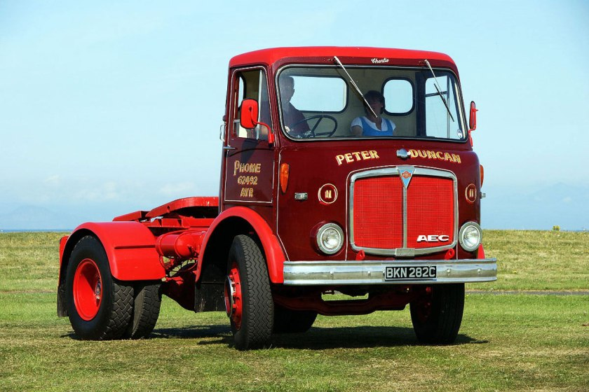 1961-1965 AEC » Mercury MkII ( model GM4RA ) with Park Royal 2 d
