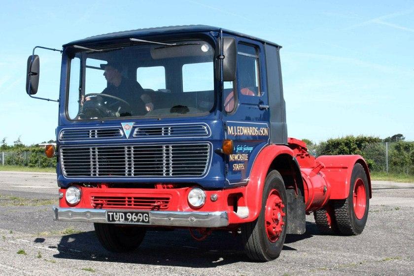 1965-1978 AEC » Mandator ( model TG4 ) d