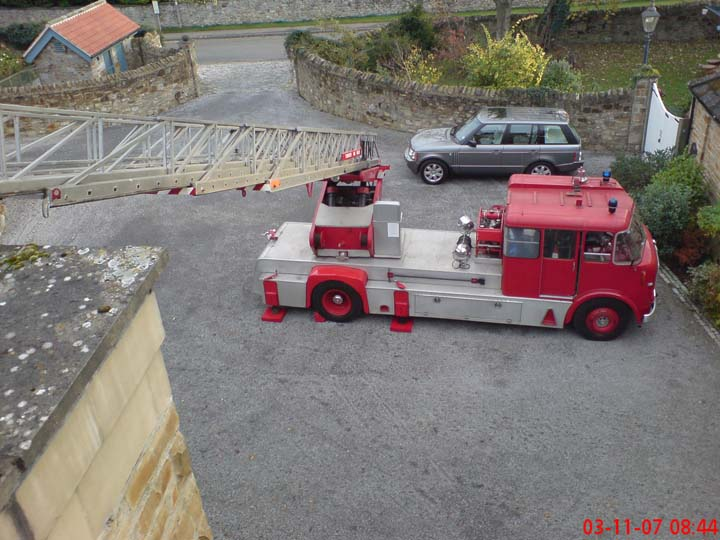 1966 AEC MERRYWEATHER TURNTABLE LADDER