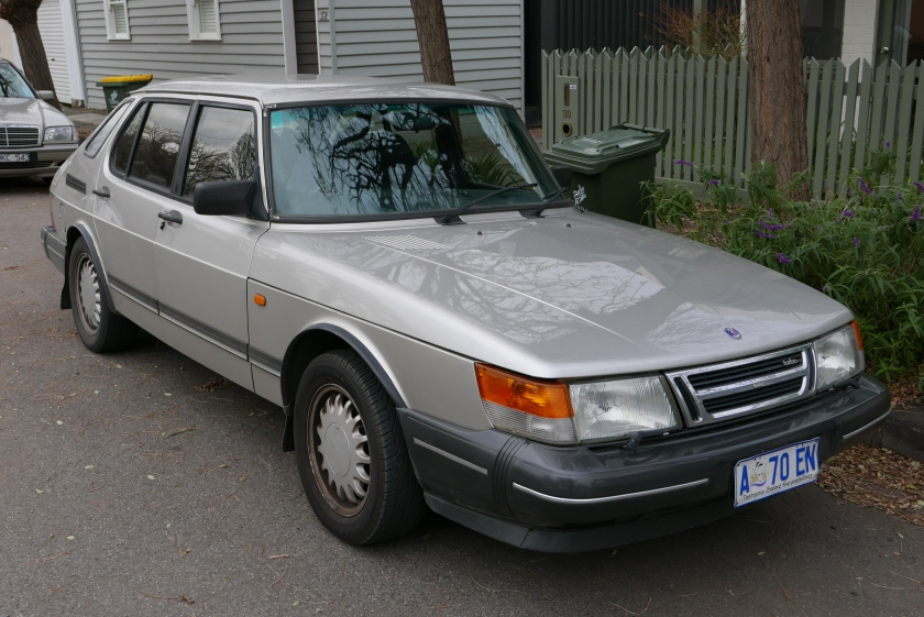 1993 Saab 900 Turbo 5-door (TU5M)