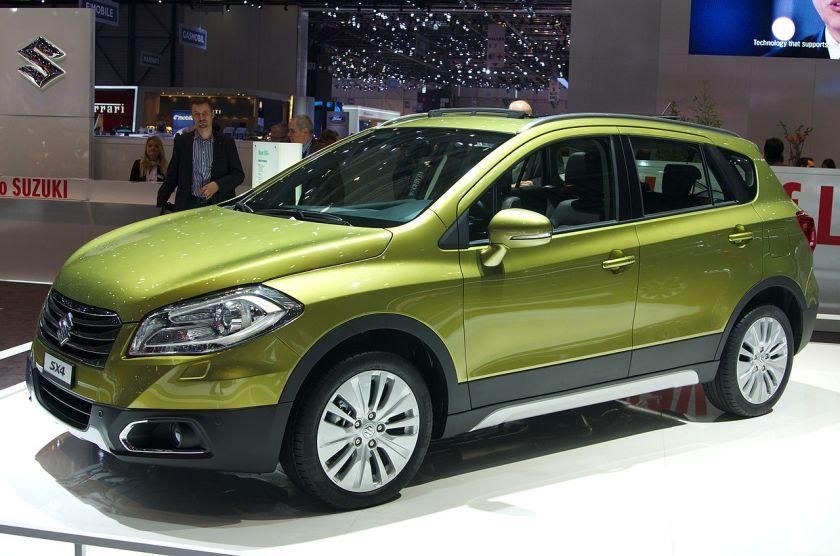 2013 - Suzuki SX4 olive