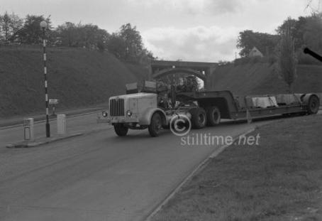AEC Leaving the Hogg's Back and dropping down to Guildford