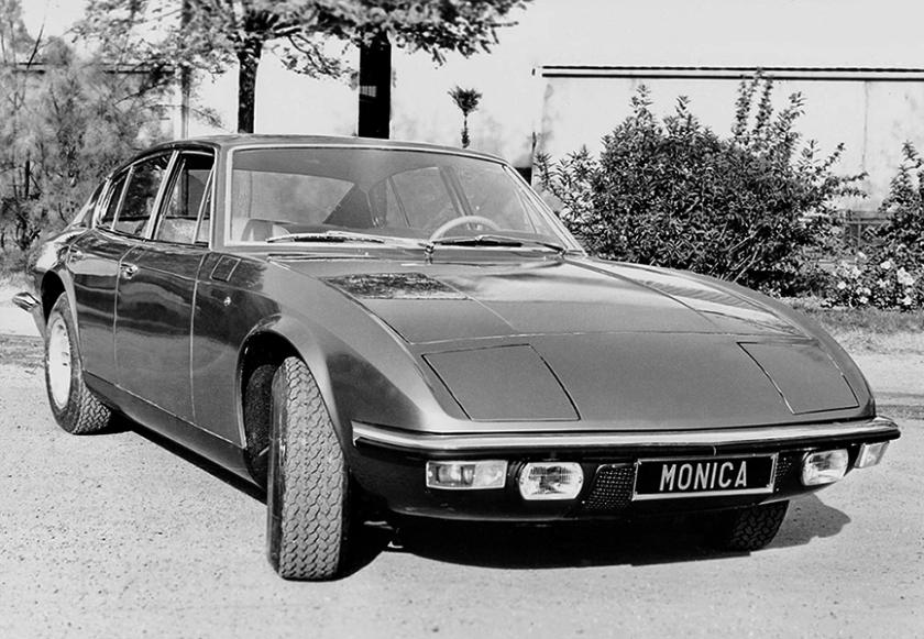 monica 560 bw