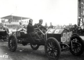 1910 Abbott-Detroit driver Vincent Padula