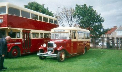 1931 Bedford WLB with Duple C20F body