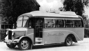 1935 Bedford JU6301, with Willowbrook C25F body