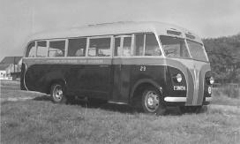 1940 Bedford 29 met kenteken E-38056 met carrosserie van Hoogeveen