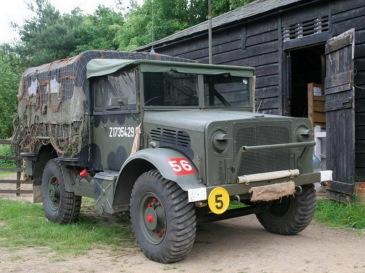 1942 BEDFORD 14 (17)