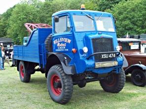 1945 Bedford QL Wrecker