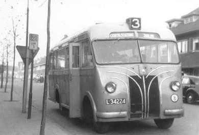 1946 Bedford sloopcarrosserieën(vrachtautochassis)004