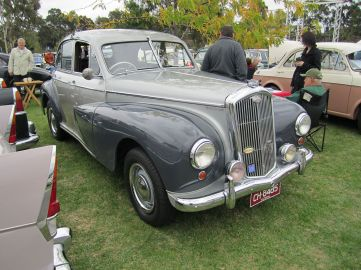 1948-54. Closely related to the Morris 6 MS. Popular as a Police Car. Engine 2200cc 6 cyl.