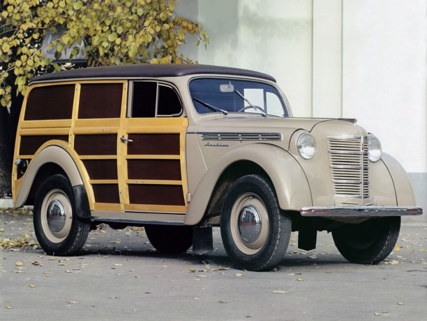 1948, a prototype woodie wagon, the moscvitch 400-422, with an 800 kg (1,800 lb) payload, was built
