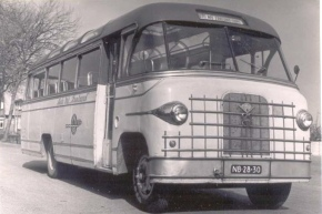 1952 Bedford Guy carr. Otter de Groot NB-28-30