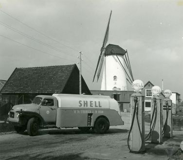 1956 Didam Willem Strijbosch Bedford TA zw