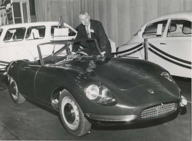 1962 Saab Quantum III & Walter Kern Saab Motors Press Release International Auto Show Boston, 1962-L