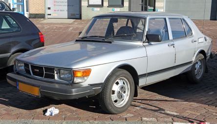 1982 SAAB 99 four-door sedan