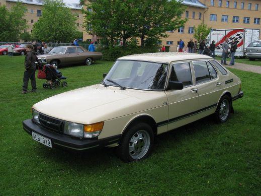 1983 Saab 900 Gli (1978–1993)