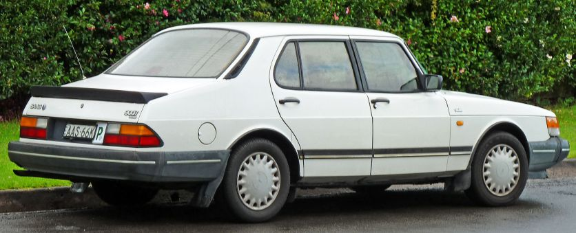 1987-1993 Saab 900i sedan face-lifted