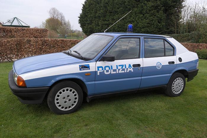 1987 Alfa Romeo 33 Polizia Squadra Volante