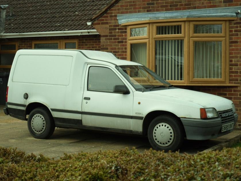 1988 Bedford Astramax 1.3 Van