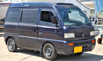 1992 Third generation Suzuki Every, a 1992 660 Turbo RZ Super Multi Roof (V-DE51V)