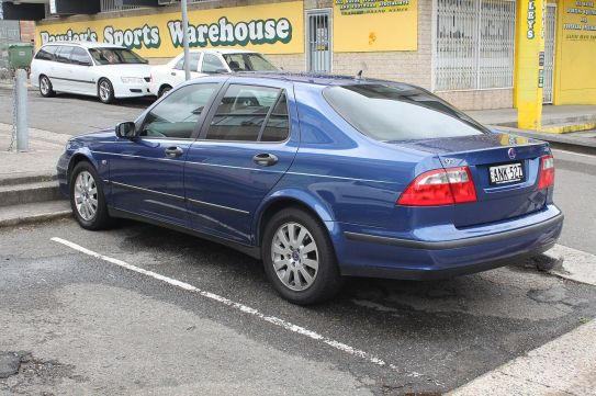 2002 Saab 9-5 (MY02) Linear 2.3t sedan