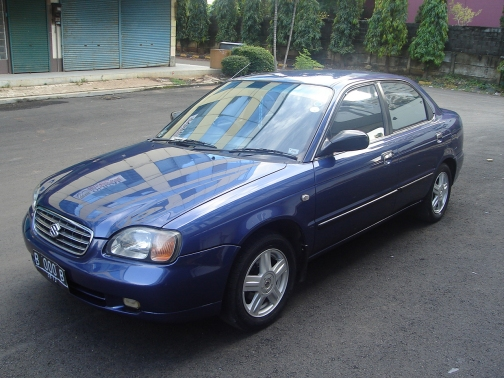 2002 Suzuki Baleno Sedan