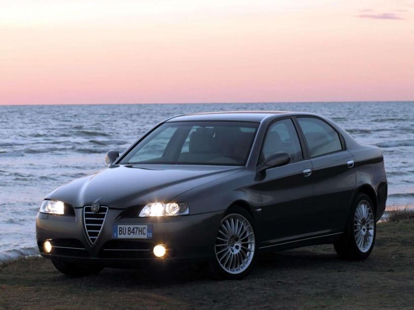 2004 Alfa Romeo 166 01