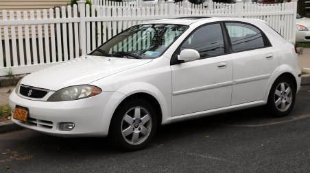 2005 Suzuki Reno LX (US version of the Daewoo Lacetti hatchback)