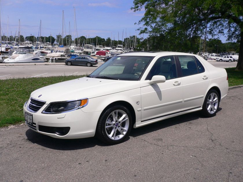 2007 Saab 9-5 Polar White - Front sec.edition