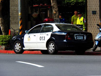 2012 TCPD FAC Daewoo Magnus Police Car in Minsheng Community
