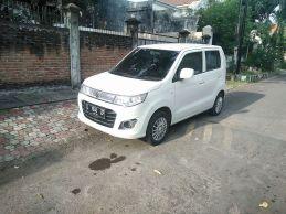 2015 Suzuki Karimun Wagon R GS (front), West Surabaya