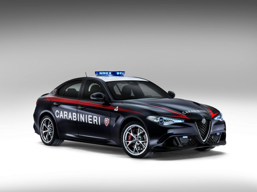 2016 Alfa Romeo Giulia QV Carabinieri
