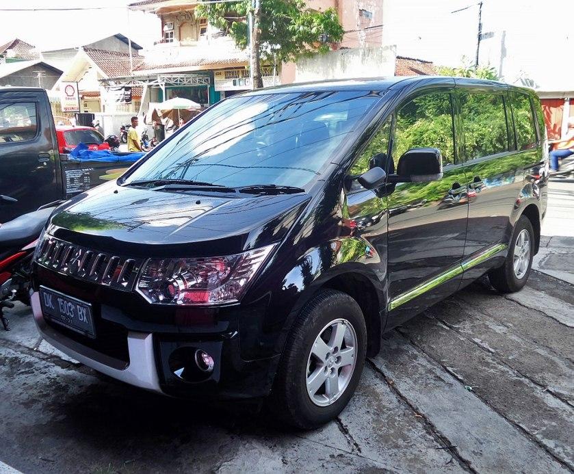 2016 Mitsubishi Delica (27413776815)