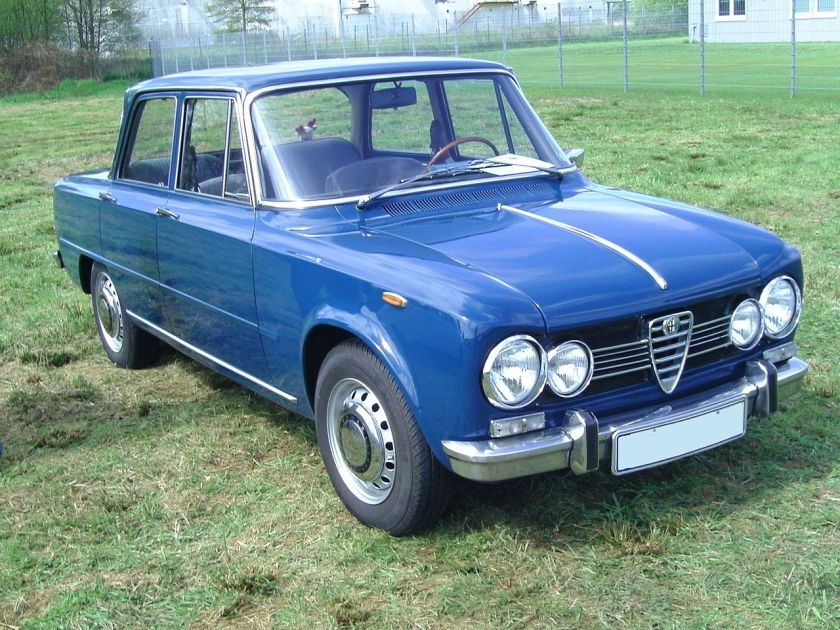 Alfa Romeo Giulia (Type 105)