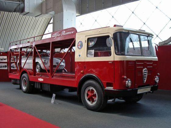 Alfa Romeo Mille Bartoletti cartransporter