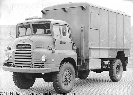 Bedford R-series, 4 x 4, 12 V