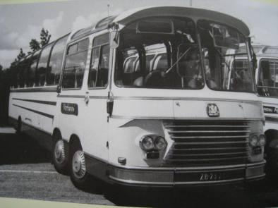 Bedford Val touringcar Verharen Rijen 1
