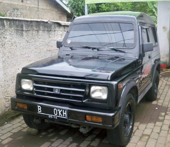 Indonesian-built Suzuki Katana, a Samurai with square headlights till 2005
