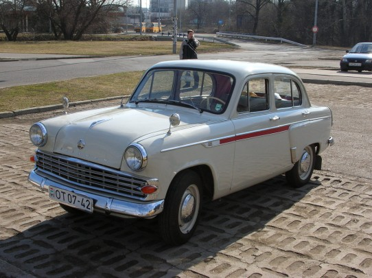 Moskvich 403 seen in Gödöllő, Hungary