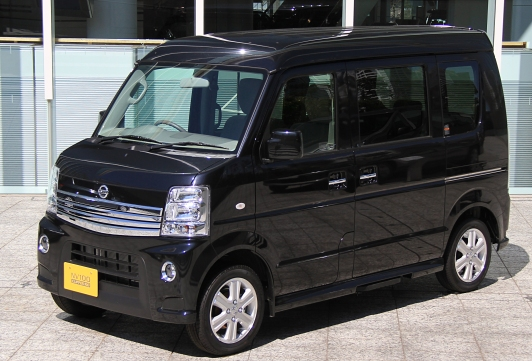 Nissan NV100 Clipper Rio G High roof