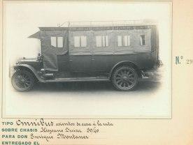 omnibus con asientos de cara a la ruta hispano suiza 30-40 Enrique Montanez