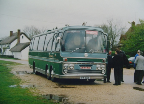UFX 360L Dews Bedford VAL 70 Plaxton Elite