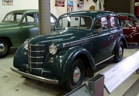 1947 Moskvitch 400 - Crossley
