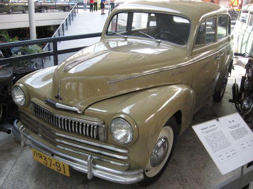 1949 Moskvich 401-424E a