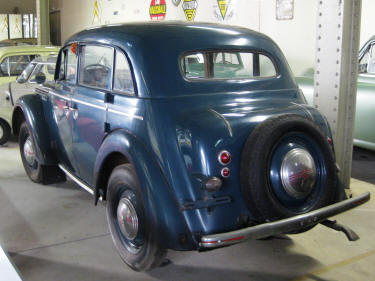 1951 Moskvich 400 2