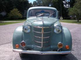 1951 Moskvitch 400 b