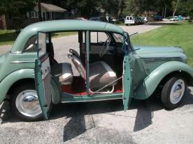 1951 Moskvitch 400 c