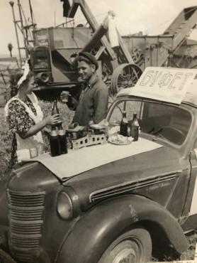 1951 Moskvitch 400 i